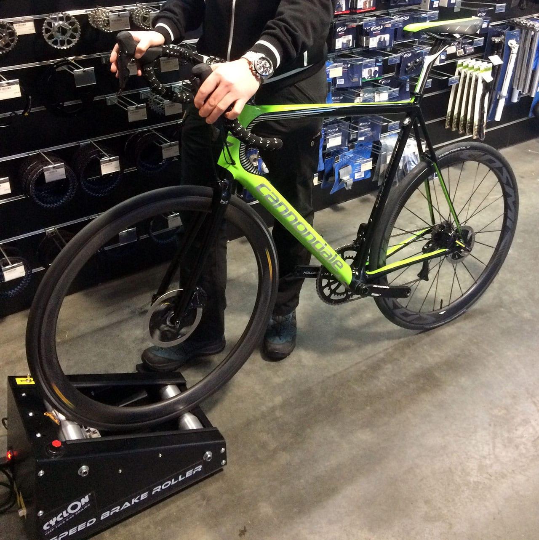 Cyclon Speed Brake Roller
